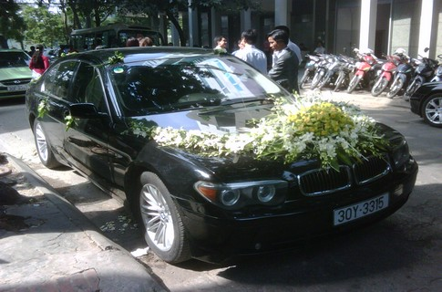 Xe cưới BMW 745,Cho thuê xe cưới BMW 745