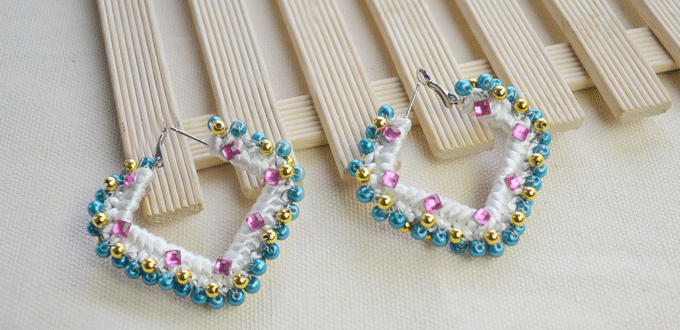 I M A Er For Earrings If You Are Looking An Easy Earring Project These Needle Tatting Simple Way To Bling Out Old Pair Of Hoops