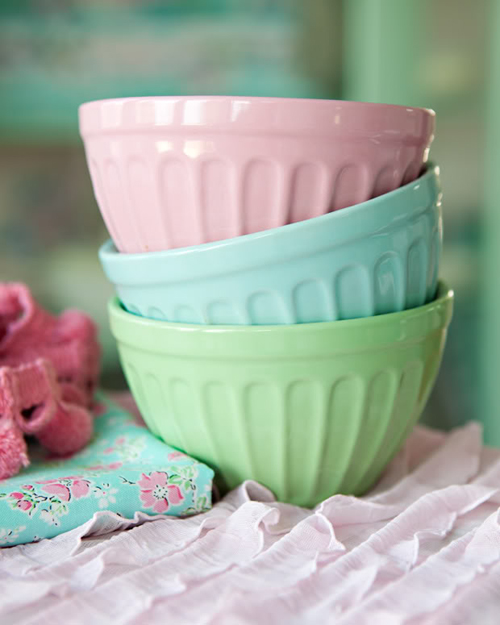 icecreambowlsblog 1 Bright and Colourful Photography Styling and Inspiration from Meadowbrook Farm