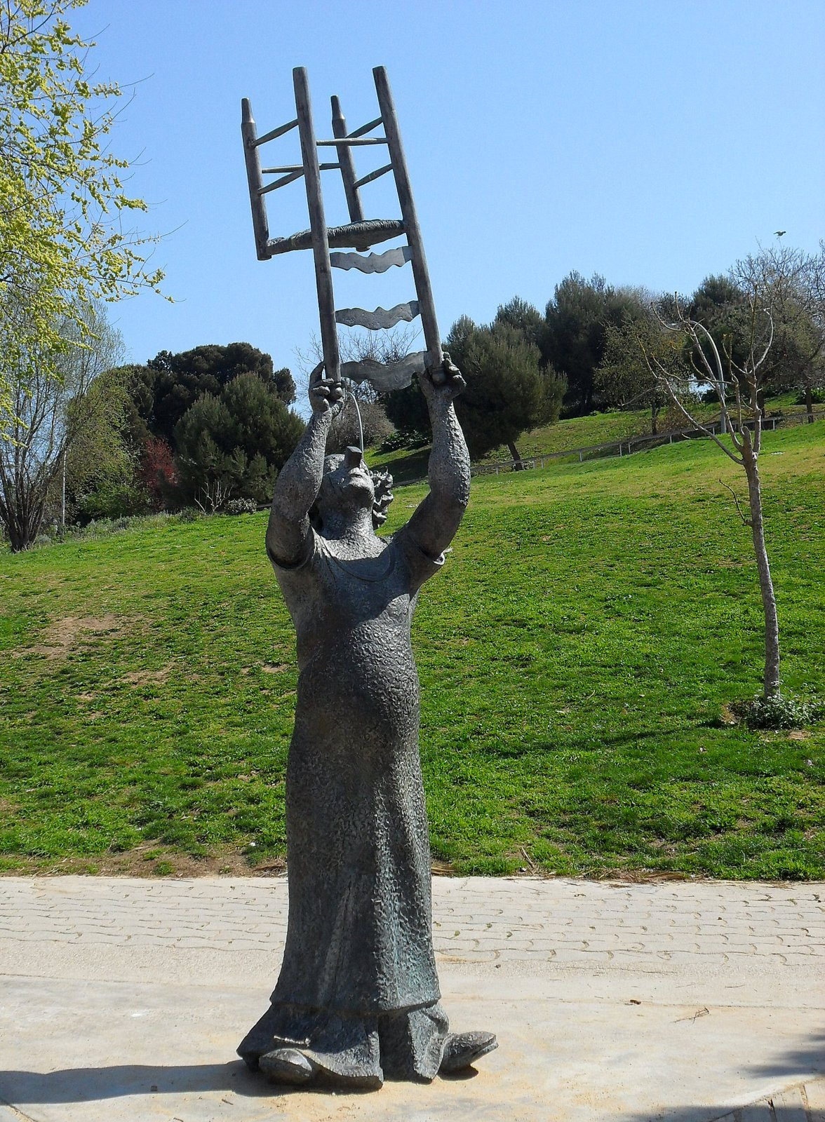 Guia mon ra mon barcelona jardins joan brossa i mirador for Jardines de joan brossa