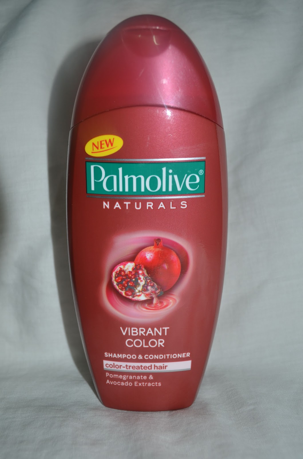 Glamournix Review Palmolive Naturals Vibrant Color Shampoo
