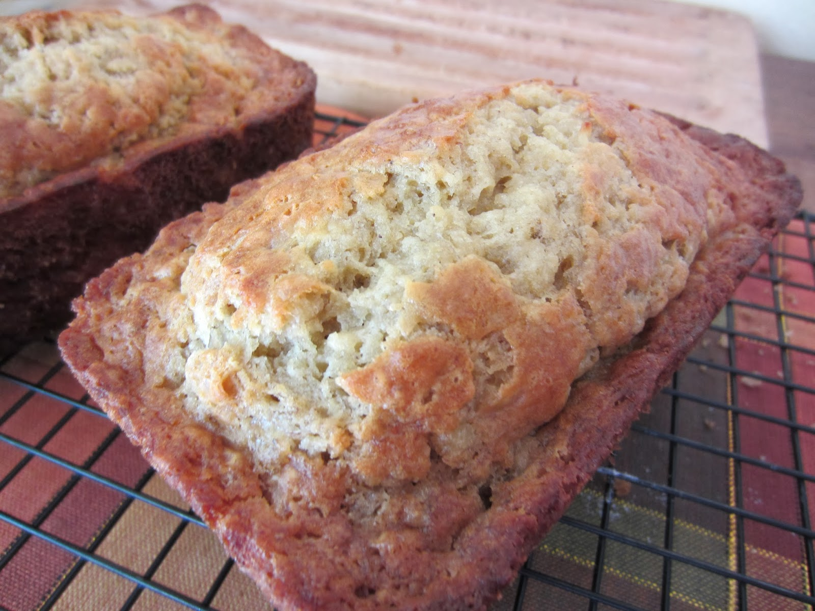 My Patchwork Quilt: MOIST BANANA BREAD, AN AMISH RECIPE