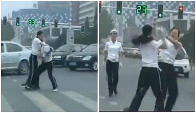 Video Dua Polisi Berkelahi Di Jalan Raya