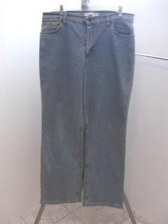 http://bargaincart.ecrater.com/p/22752641/geoffrey-beene-sport-womens-jeans