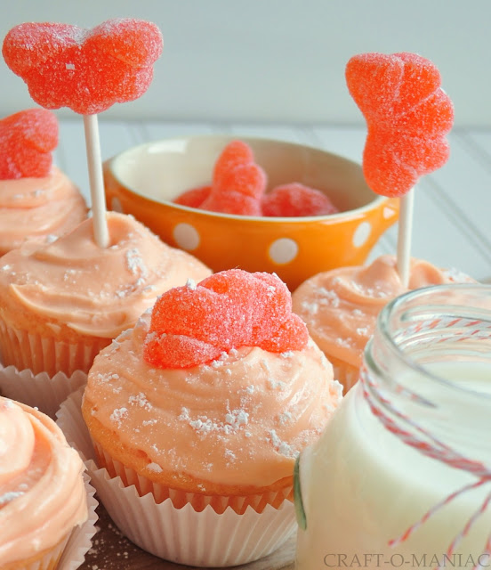 Orange Creamsicle Cupcakes www.craft-o-maniac.com
