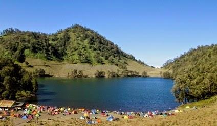 jalur menuju danau ranu kumbolo