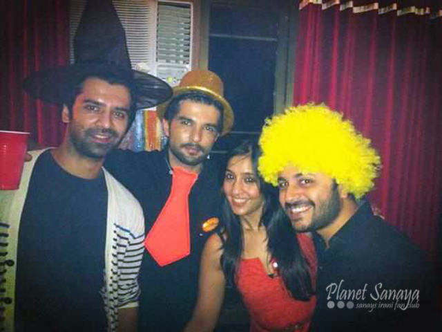 Raqesh Vashishth is more into painting than acting nowadays. So that's why the theme of the party was very colorful?