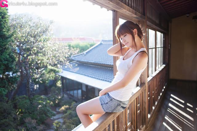 1 Ryu Ji Hye Outdoor and Indoor-very cute asian girl-girlcute4u.blogspot.com