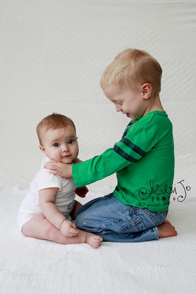 Smitten Siblings