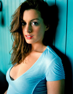 Anne Hathaway Hot pictures