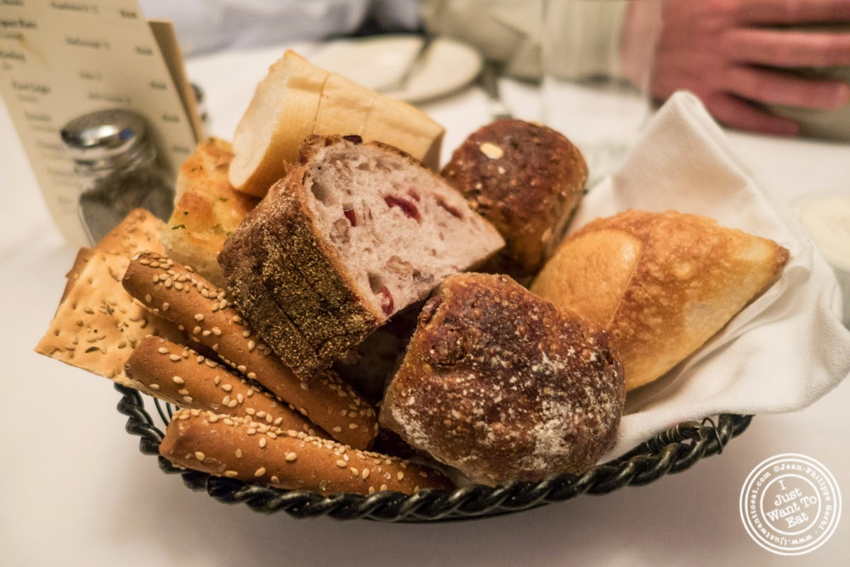 image of bread basket at Bobby Van's Grill in New York, NY