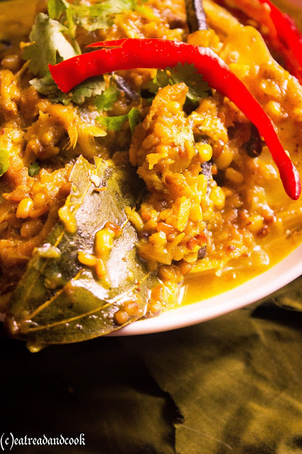how to cook macher matha diye bhaja muger dal recipe