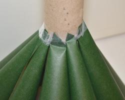 de manera se irn pegando las otras capas de conos with como hacer un arbol de navidad de carton - Arbol De Navidad De Carton