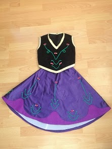 Ana falda y corpiño