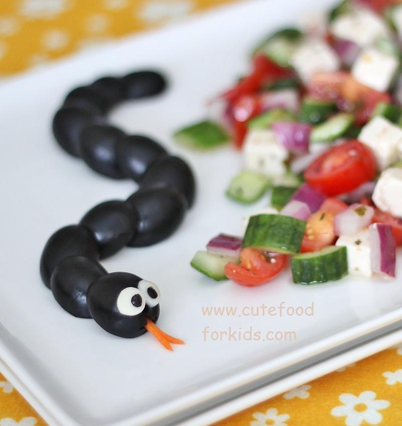 Cute food for kids fun and healthy halloween food idea for Cuisine halloween