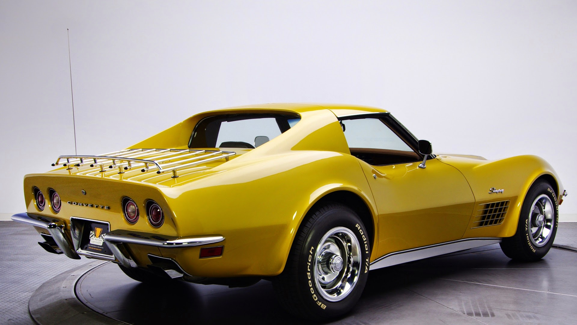 Chevrolet-Corvette-Stingray-C3-1970_carros-clasicos.jpg