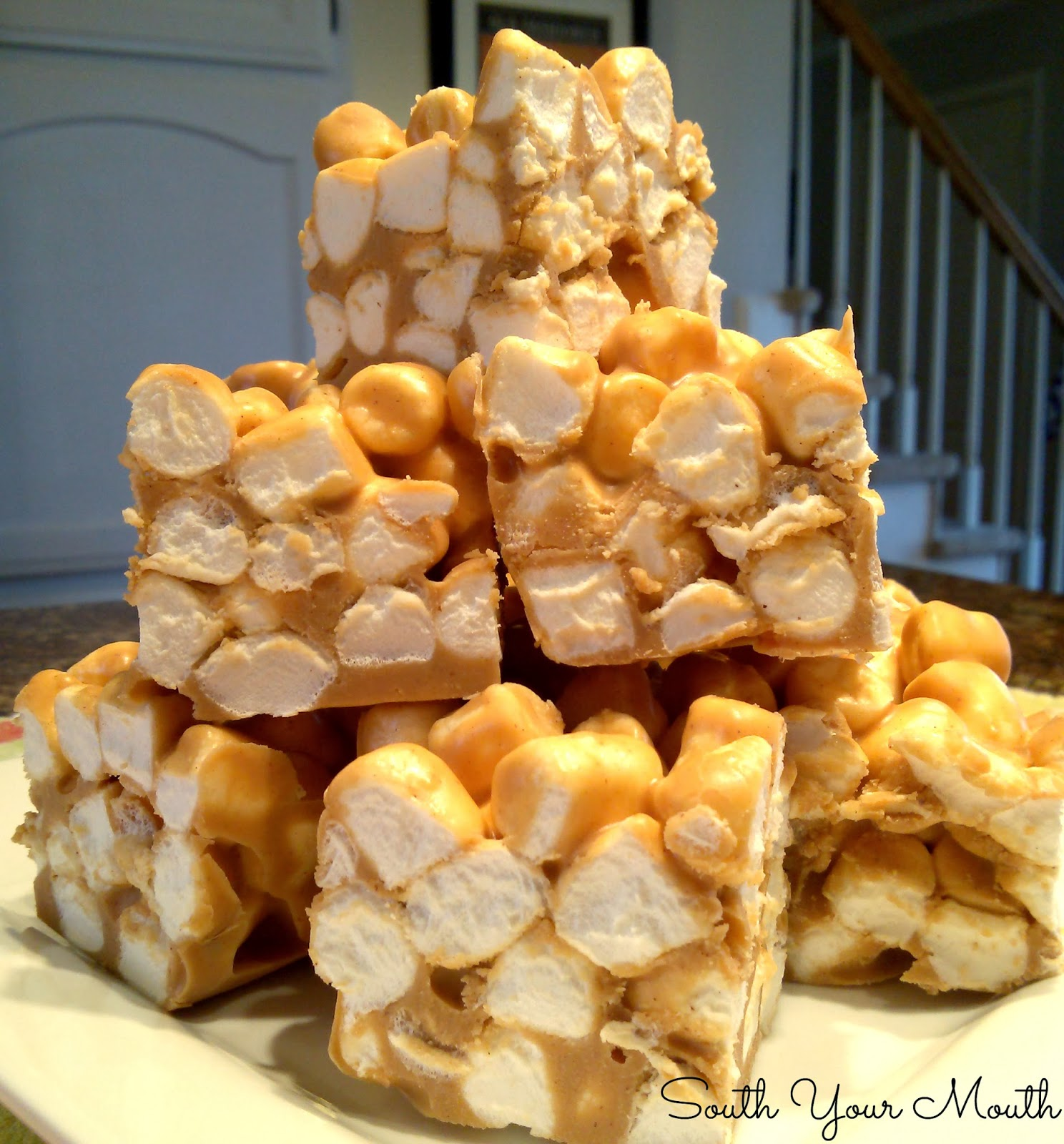 Fluffernutter Squares! Peanut butter marshmallow squares made with peanut butter chips. Only three ingredients!