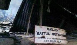 Masjid Baitul Mutaqqin Tolikara Papua yang Dibakar