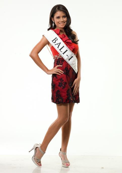 pemenang miss indonesia 2012 Ines Putri Tjiptadi Chandra