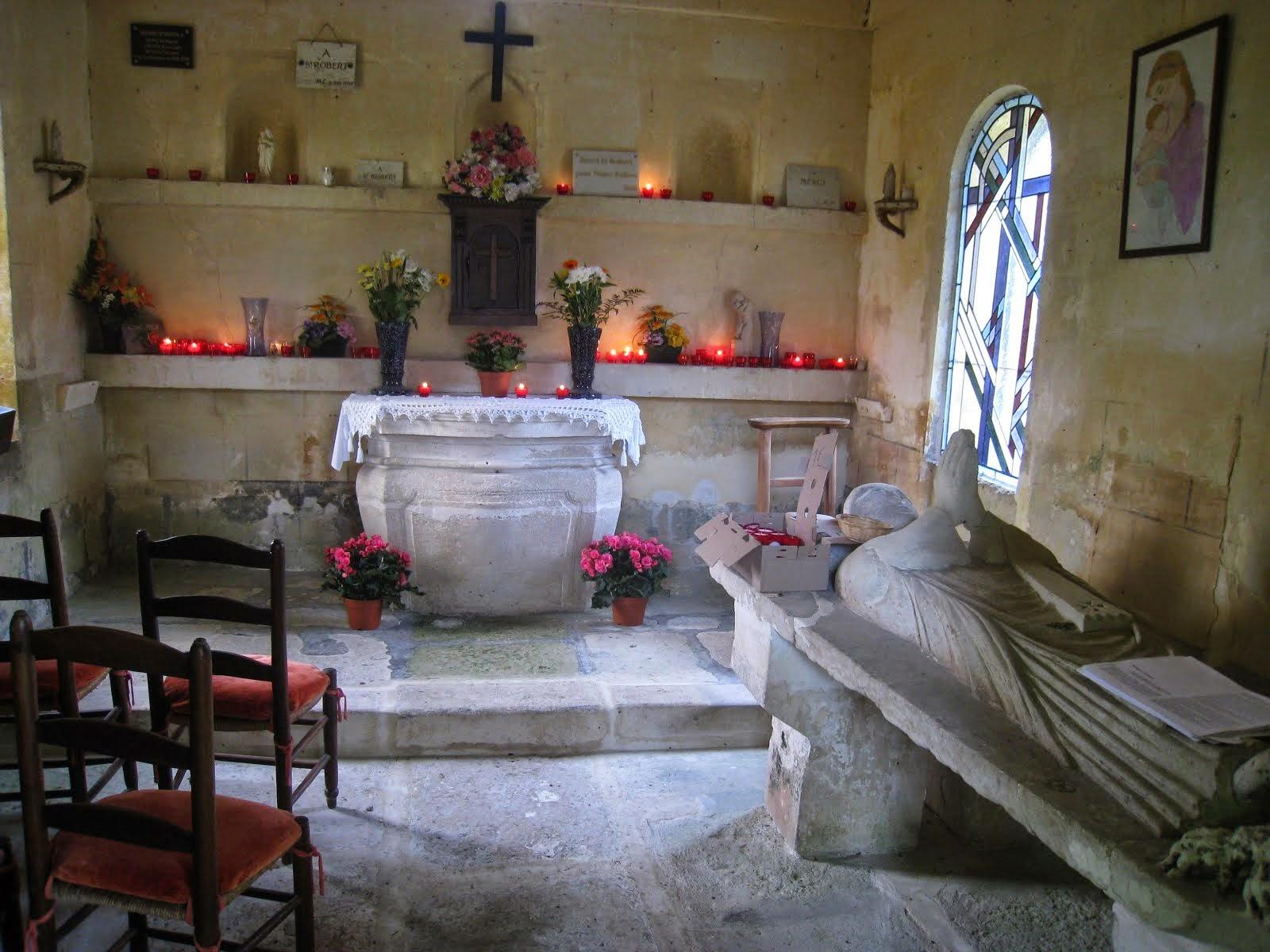 Le gisant de Saint-Robert