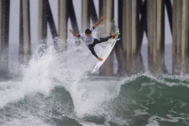17 Alex Ribeiro BRA Mens Vans US Open of Surfing WSL Sean Rowland