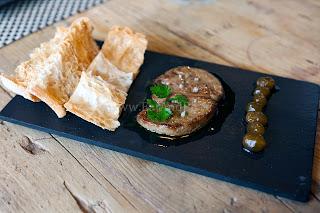 Фуа-гра в мадридском гастробаре баскской кухни La Alacena de Víctor Montes