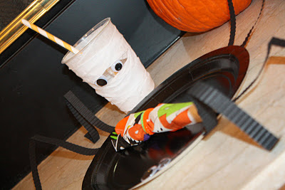Halloween Mummy Cups & Spider Plates- www.thelifeofawannabesupermom.blogspot.com
