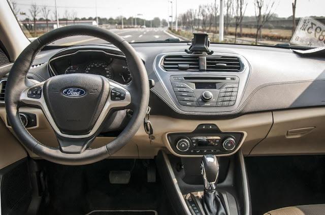 2015 Ford Escort
