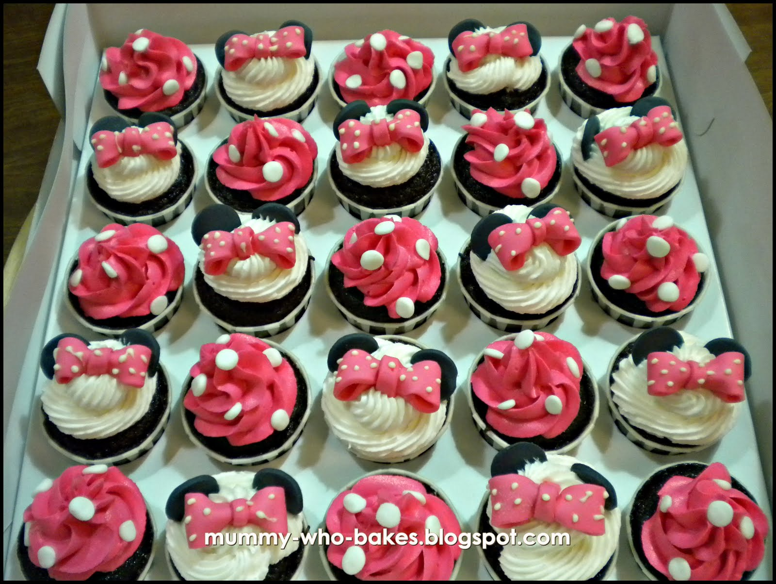 My Little Cupcakes...: February 2011