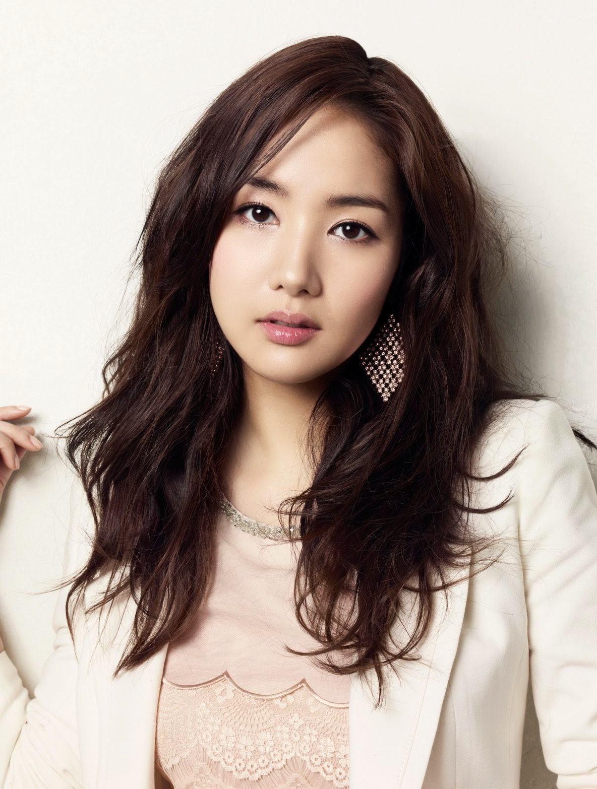 Park Min-young photo 002
