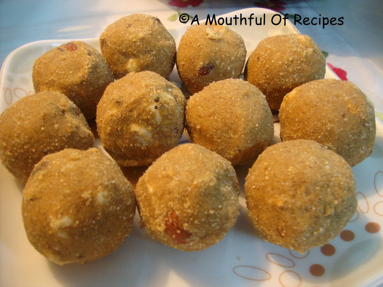 A mouthful of recipes panjiri ladoo gound ladoo diwali n panjiri ladoo gound ladoo diwali n winters special forumfinder Choice Image