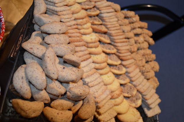 The Cookie Table New Trend Or Adaptable Wedding Tradition