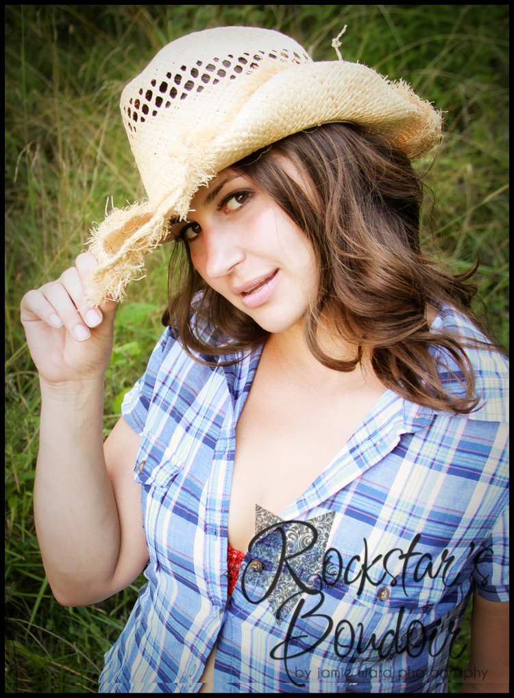Sneak Peak   Rockstar Boudoir - Photography by Kristen