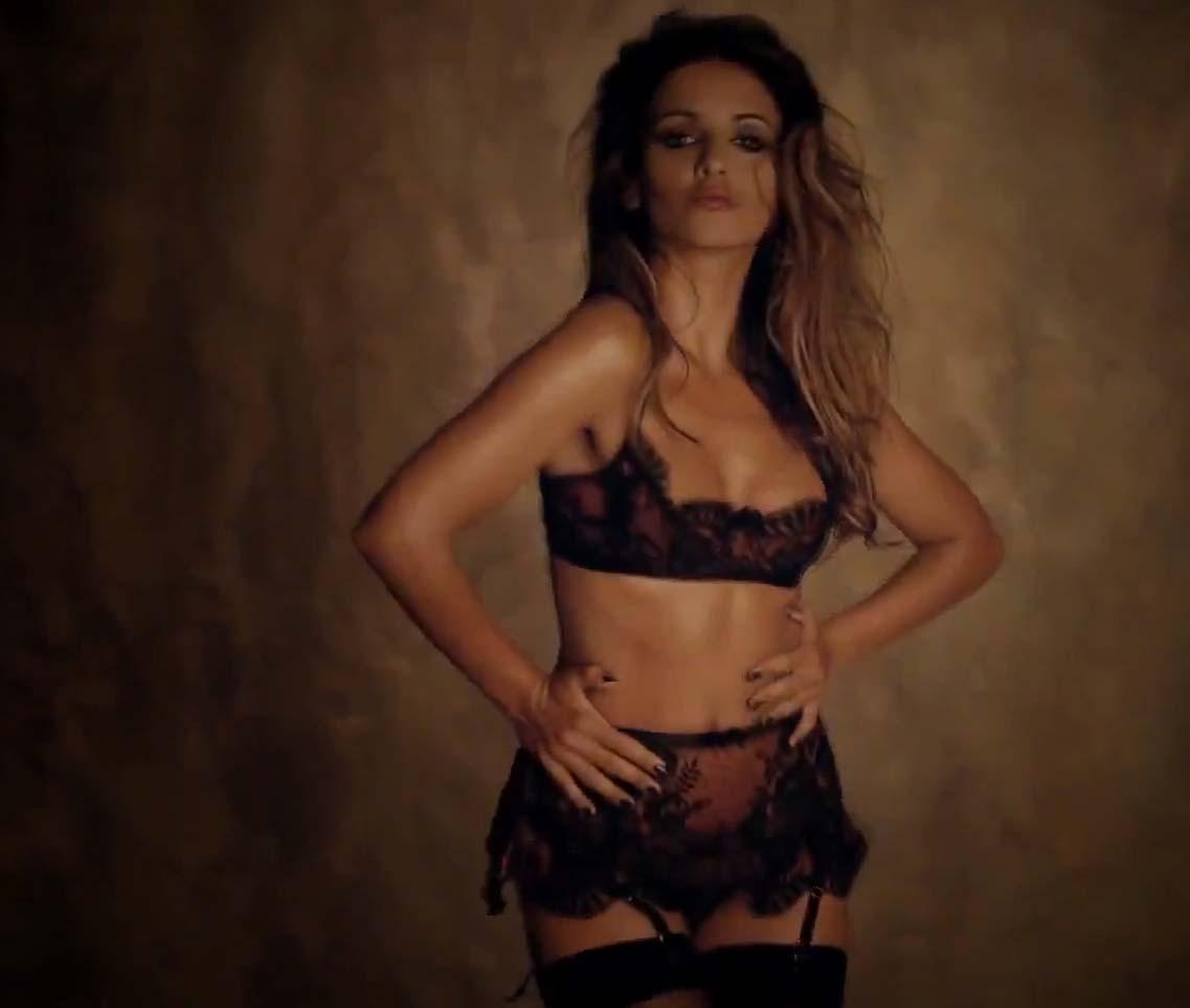 http://4.bp.blogspot.com/-Mt8sNT13APA/UCt9Leo8HuI/AAAAAAAAIDQ/rIgNKcKrL1I/s1600/Monica+cruz16.jpg