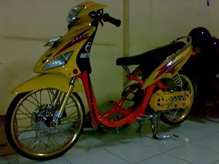 Modifikasi+Motor+Drag+Bike Kumpulan Gambar Modifikasi Mio Matic Drag