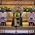 En la Catedral, el Papa llamó a los religiosos al compromiso con los demás