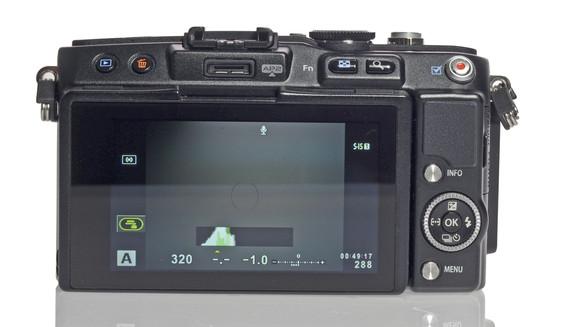 Olympus PEN Lite E-PL5 (Pictures)
