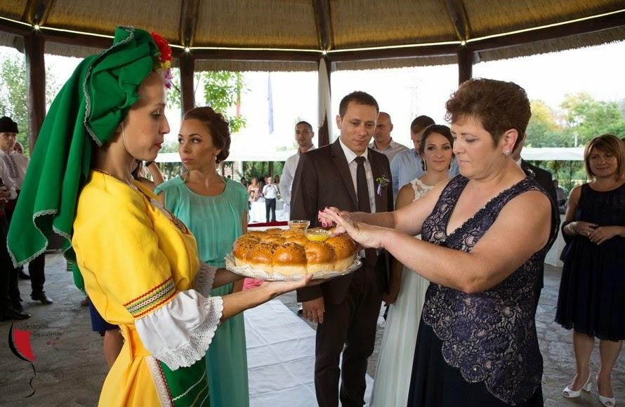Сватбен български ритуал
