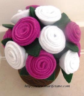 Keçe güller