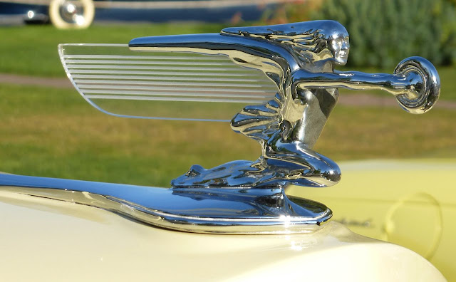 antique car hood ornament