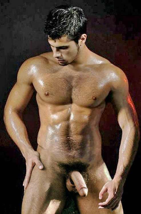 krutie-golie-muzhchini