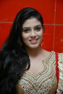 Iniya looks super Cute in Salwar Kameez at Thilagar Audio Launch