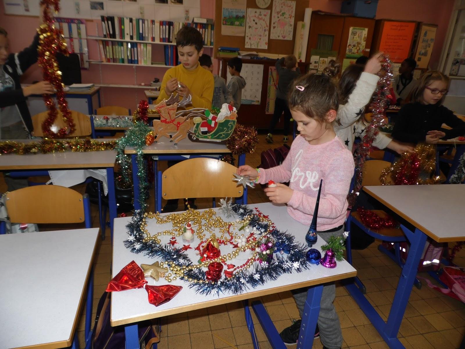 #233067 Classe CE1 CE2 De M.Chevrier: Décoration De Noël 5359 décorations de noel ce1 1600x1200 px @ aertt.com