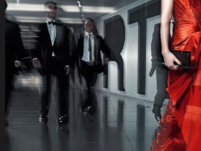 الأحمر أكثر الألوان جاذبية لدى الرجال - امرأة ترتدى اللون فستان الاحمر - lady in red