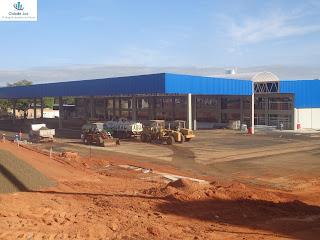 Grande loja será inaugurada.
