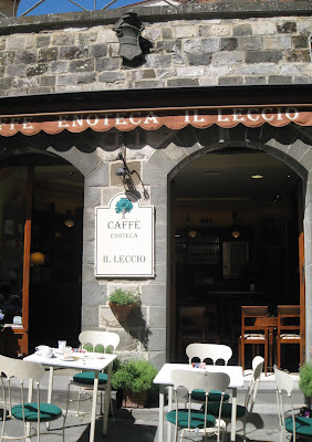 Caffè IL LECCIO - the lovely bar is centrally located in Montalcino's town center