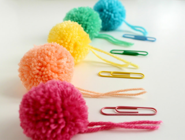 Paperclips+&+pompom+bookmarks+