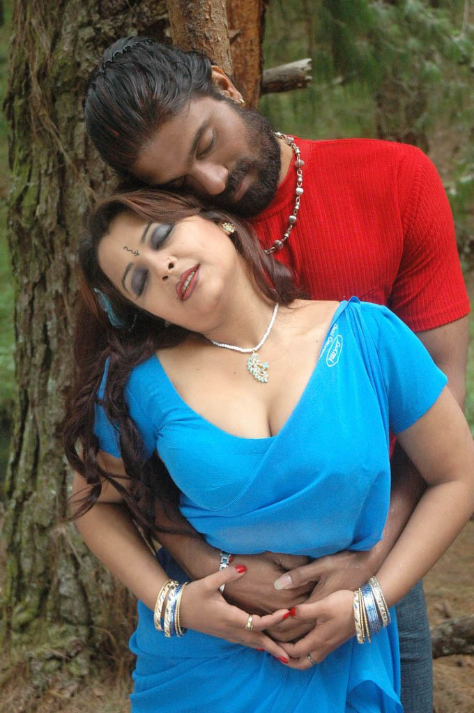 Hot thappu tamil movie