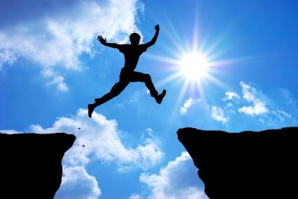 éberség hit, szakadék átugrása