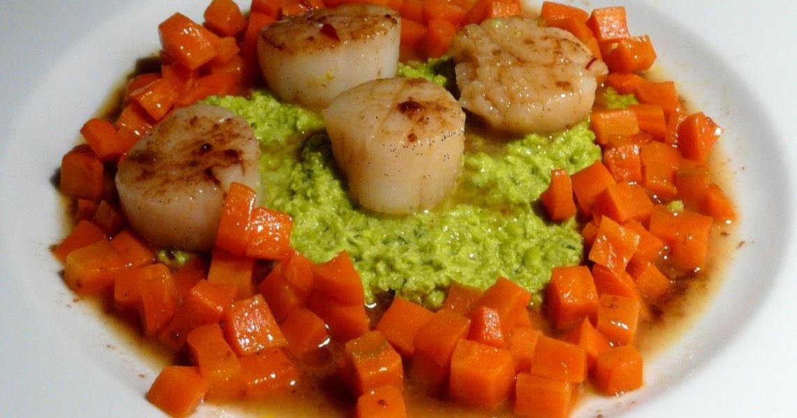 Jakobsmuscheln auf Karotten-/Erbsengemüse mit Vanillesauce